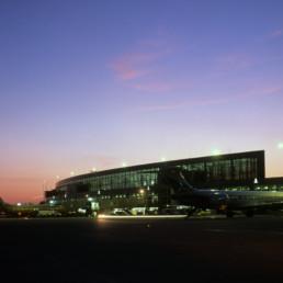 Austin Bergstrom International Airport in Austin, Texas by architect Larry Speck