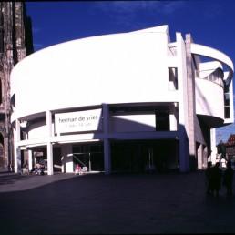 Stadthaus in Ulm, Germany by architect Richard Meier