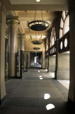 Auditorium Building in Chicago, Illinois by architect Luis Sullivan