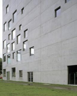 Larry Speck Sanaa Zollverein School of Management and Design