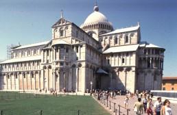 Duomo (Pisa) in Pisa, Italy by architects Rainaldo di Atri, Bruscheto
