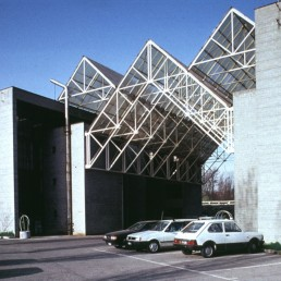 Craft Center in Balerna, Switzerland by architects Mario Botta, Leuzinger