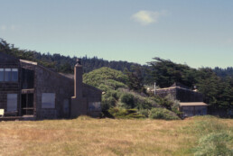 Sea Ranch Condominiums California designed by Charles W. Moore, Donlyn Lyndon, William Turnbull, Jr. and Richard Whitaker of the MLTW partnership in 1963–1964, photograph by Larry Speck, Coast, Ocean, Exterior, Vintage 1970 1980