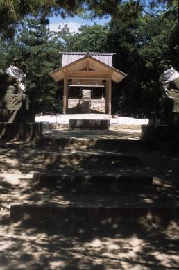 Go'o Shrine in Naoshima, Japan by architect Hiroshi Sugimoto
