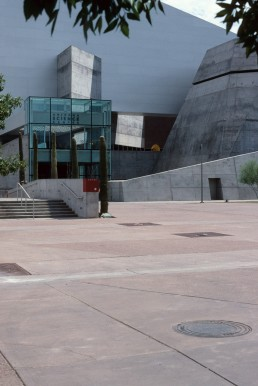 Arizona Science Center in Phoenix, Arizona by architect Antoine Predock