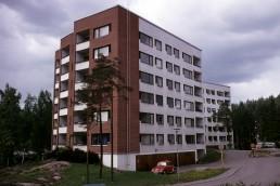 Harjuviita Apartment House in Tapiola, Finland by architect Alvar Aalto