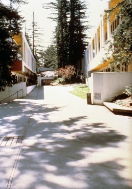 Kresge College in Santa Cruz, California by architects William Turnbull, Charles Moore