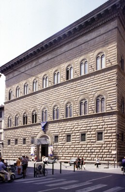 Palazzo Strozzi in Florence, Italy by architects Giuliano da Sangallo the Younger, Benedetto da Maiano, Simone del Pollaiolo, Caparra
