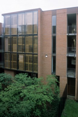 Tulane University, Willow Street Residence Hall in New Orleans, Louisiana by architects Mack Scogin, Merrill Elam, Scogin Elam and Bray