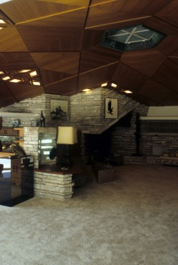 John Gillin Residence in Dallas, Texas by architect Frank Lloyd Wright