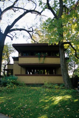Mrs. Thomas H. Gale House in Oak Park, Illinois by architect Frank Lloyd Wright