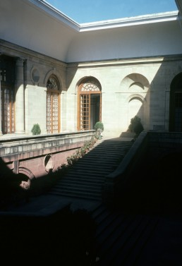 Rashtrapati Bhavan in New Delhi, India by architect Edwin Lutyens