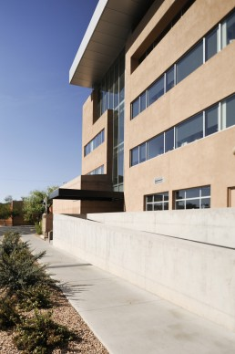 University of New Mexico, George Pearl Hall in Albuquerque, New Mexico by architect Antoine Predock