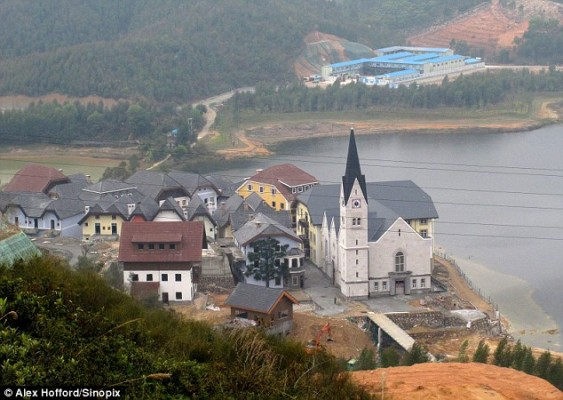 In southern China, an exact duplicate of an Austrian village.