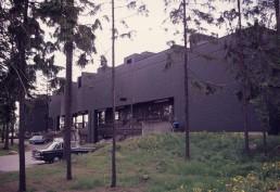 Dipoli in Espoo (Otaniemi), Finland by architect Reima and Raili Pietilä