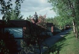 Chain House in Tapiola, Finland by architect Viljo Revell