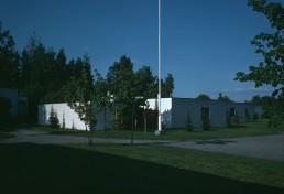 Hakalehto Atrium Houses in Tapiola, Finland by architect Pentti Ahola