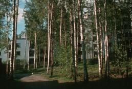 Suvikumpu Housing in Tapiola, Finland by architects Raili Pietilä, Reima Pietilä