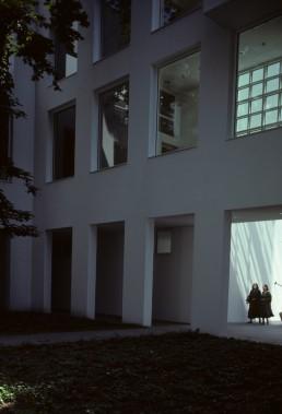 Frankfurt Museum for the Decorative Arts in Frankfurt, Germany by architect Richard Meier