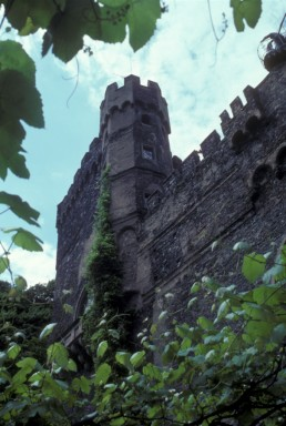 Castle Burg Sooneck in Niederheimbach, Germany