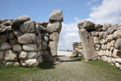Stone walls, Hattusa