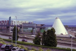 Museum of Glass in Tacoma, Washington by architect Arthur Erickson