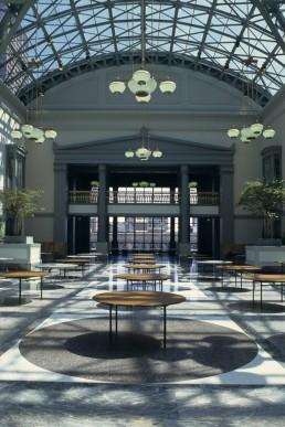 Harold Washington Library in Chicago, Illinois by architect Hammond Beeby and Babka