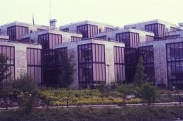 Office Building Central Beheer in Apeldoorn, Netherlands by architect Architectuurstudio Herman Hertzberger