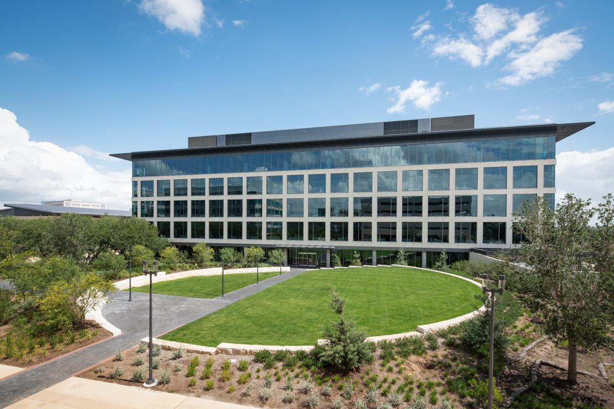 Charles Schwab Austin Campus - Larry Speck