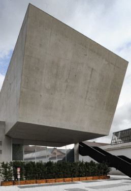Zaha Hadid Maxxi Museum Larry Speck Rome Italy EXTERIOR